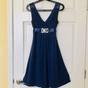 Dresses & Skirts - Gorgeous cocktail dress